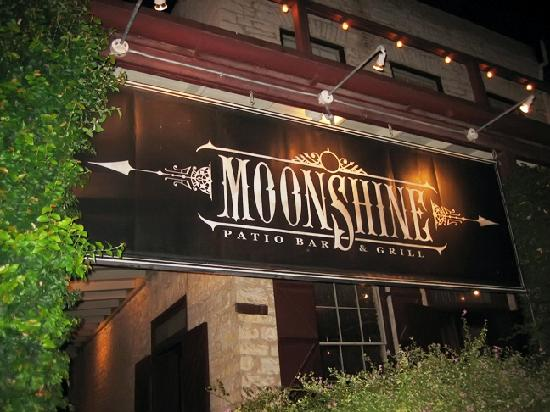 Austin texas restaurants rediscover austin for Balcony bar restaurant